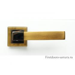 Дверные ручки Bussare А-67-30 CF/BH Stricto